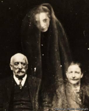 150705182742_fantasmas_foto_6_281x351_nationalmediamuseum (1)